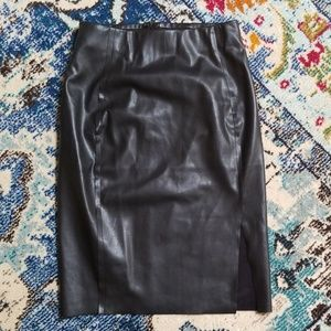 Ann Taylor Loft Faux Leather Pincel Skirt